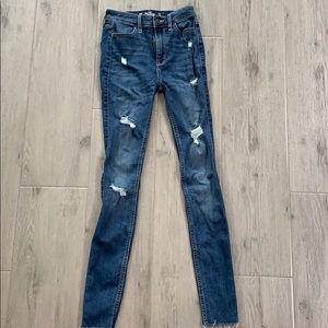 Hollister 00R Ultra High Rise Super Skinny Jeans